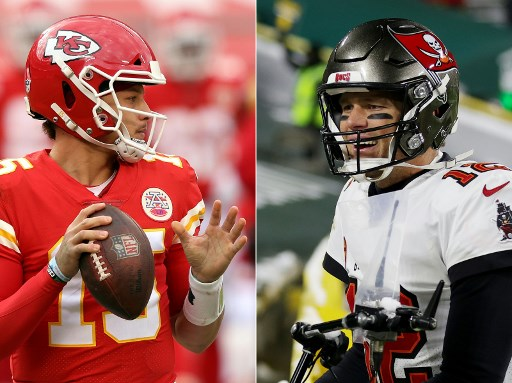Quarterbacks Patrick Mahomes #15 of the Kansas City Chiefs and Tom Brady #12 of the Tampa Bay Buccaneers (Photos by JAMIE SQUIRE and Stacy Revere / GETTY IMAGES NORTH AMERICA / AFP)