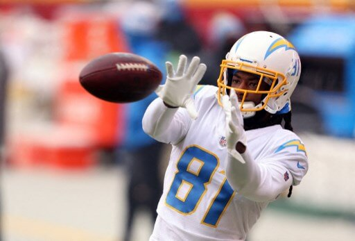 Mike Williams #81 of the Los Angeles Chargers warms up. Jamie Squire/Getty Images/AFP